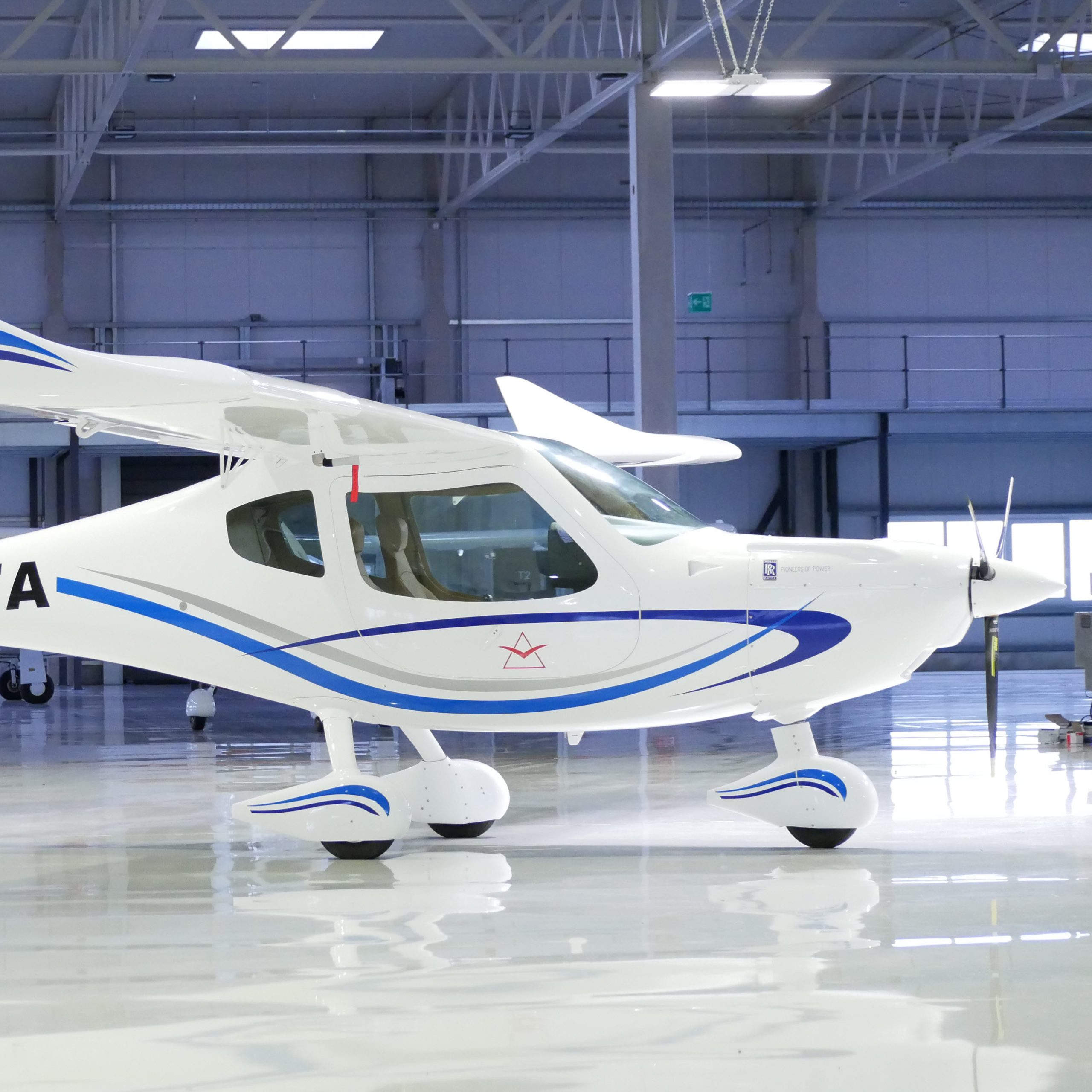 """""""HOW DO WE FLY TOMORROW?"""" THE FLIGHT DESIGN INTERVIEW"""
